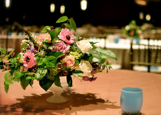 gold-lilac-pink-centerpiece-ms-dinner-of-champions-2011