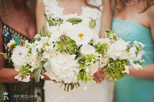 bride and bridesmaid bouquets seattle