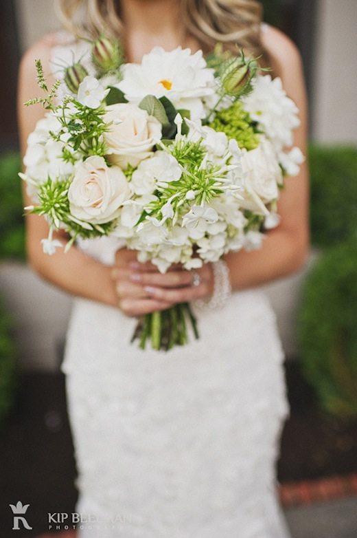 green and white dahlia bouquet