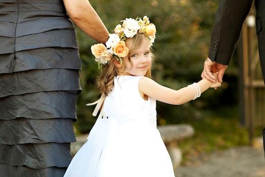 FInch & Thistle Seattle wedding hair flowers