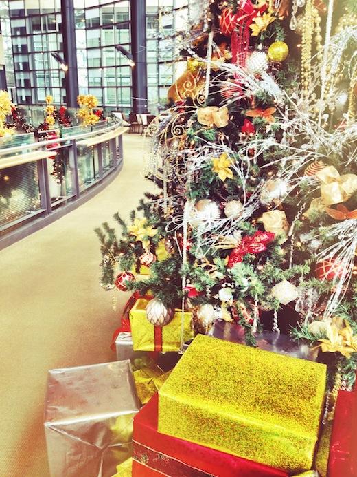 christmas tree at benaroya hall