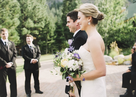 bride and groom, mazama wedding, finch and thistle, design sponge