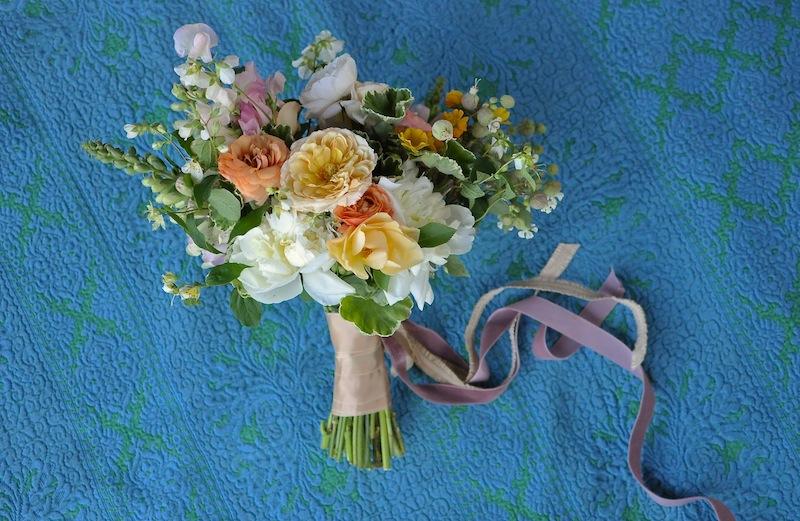 flowerwild_finch_thistle_bridal_bouquet_jose_villa