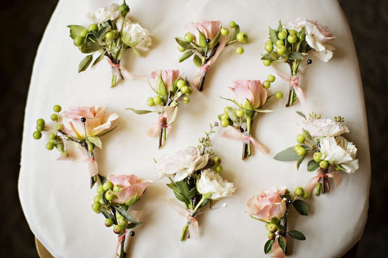 finch and thistle, seattle event designer, floral design, blush, gold