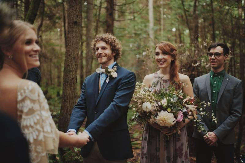finch_thistle_KristenMariePhotography_Fall_Elopement37