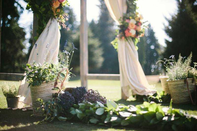 finch_thistle_jaggerphotography_provence_wedding
